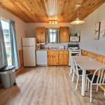 2 Bedroom Deluxe Cottage - Kitchen Area