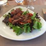 Repas d entreprise a l ibis Kitchen restaurant , le personnel a été très agréable bien que les p
