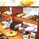 Petit déjeuner / Breakfast Hôtel Balladins Brest