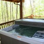 Van Buren Cabin Hot Tub