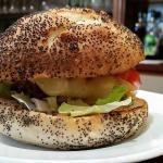 Spécial hamburger fait maison à emporter pour ceux qui n ont pas le temps : burger italien-savoy
