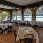 Indoor and outdoor waterfront dining. Serving lunch and dinner daily.
