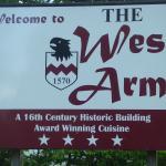 Foto de The West Arms Hotel