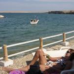 relax y sol desde la terraza del albergue