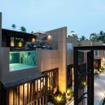 Executive Duplex Pool Villa