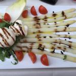 Fantastic taste. I like Burrata, Truffle and Asparagus