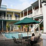 Foto de French Quarter Suites Hotel