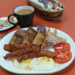 A sustaining and tasty breakfast was well prepared.