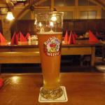ビールと店内