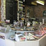 The service counter and fab Deli in Ty Morgans (26/May/15).