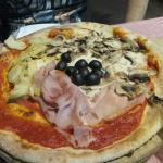 Photo de La Nuova Caravella - Pizzeria Ristorante