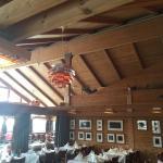 Resturanten, pene rustikke omgivelser.