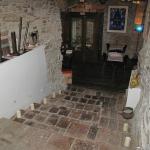 Escalier vers la salle de restaurant en sous sol