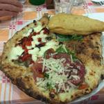صورة فوتوغرافية لـ Taverna dei Giglianti