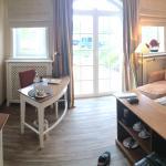 Einzelzimmer mit großer Terrasse