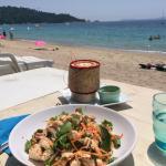 Petite salade thaï en face de la plage ����
