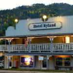 Hotel Ryland- Fabulous location in the heart of downtown Red River