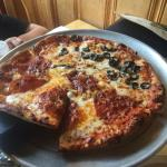 Very good pizza, had chicken fajita pizza, and pepperoni/olive pizza.
