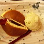 Pancake con soia rossa e gelato maccia (al tè verde)