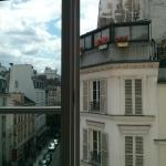 Rue Du Temple (St Merri Studio) view out of the window