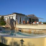 terras aan het zwembad en locatie om te dineren