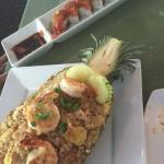 Pineapple fried rice & spicy tuna special roll
