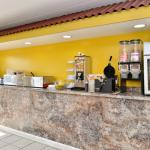 Photo de Americas Best Value Inn- Princeton