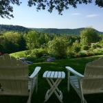 Beautiful and tranquil grounds at the WIndham Hill Inn
