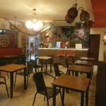 vista interior del restaurante bar