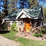"""Log"" cabin was quiet and cozy"