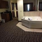 Photo de Holiday Inn Express Fayetteville - Ft. Bragg