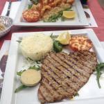Scampi a la Grillia mit Risotto / Kalbspaillard mit Reis