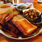 2 meat combo: ribs & brisket