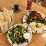 Photo de Mona's Cafe & Deli on Frenchman