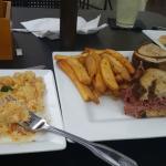 Crab Mac & Cheese & Reuben