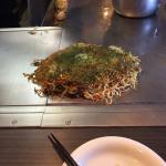 ภาพถ่ายของ Okonomiyaki Ganso Hassho