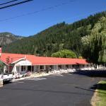 Overlander Motel
