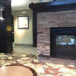 Photo de Staybridge Suites Peoria Downtown