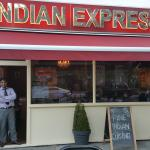 Indian Express. West Kensington照片