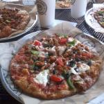 Whole wheat crust, Mozzerella & Ricotta, Tomatoes, Black Olive, Green Peppers, Mushrooms & Sausa