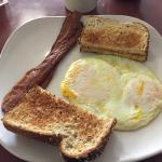 Foto de Twin Eagles Cafe