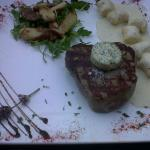 Best steaks with variations of side dishes