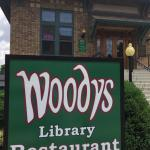 Woody's Library Restaurant