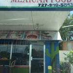 Great little authentic place for a good taco!