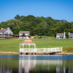 Enjoy our lake, gazebo, 9 room inn, two cottages and garden view apartment.