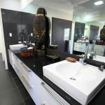 Executive Villa - Large Bathroom