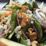Spinach pear salad