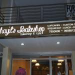 Khayil's Bakeshop & Cafe