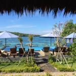 Laguna Reef Huts Photo