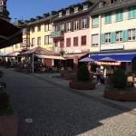 Blick aufs eiscafe vom Marktplatz